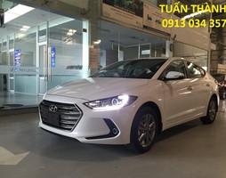 Hyundai Elantra 2017 khuyến mãi 50 triệu tiền mặt LH:0913034357.