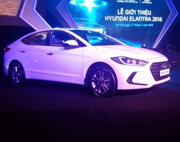 Hyundai Da Nang, Giá xe elantra mới 2017, Giá xe hyundai elantra, xe oto ela.