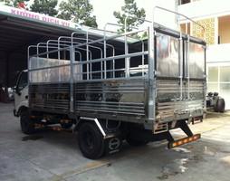 Xe tải Hino 5 tấn nhập khẩu.