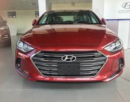 Hyundai ELANTRA 1.6 AT phiên bản cao cấp.