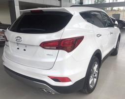 Hyundai Santafe máy xăng 4WD.