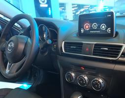 Mazda 3 1.5 sedan Đỏ, hỗ trợ trả góp, xe giao nhanh, quà tặng ưu .