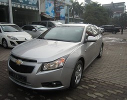 Bán xe Chevrolet Cruze LS 2013, 415 triệu.