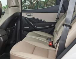 Ưu đãi hấp dẫn Hyundai Santafe 2016 Full options. Giảm ngay 30 triệu.