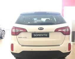 Kia Sorento 2017 Hỗ trợ trả góp lên đến 95% Giá trị xe.