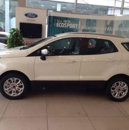 Ford ecosport titanium Màu trắng xe giao ngay giá tốt nhất.