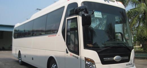 Xe khách 45 ghế, 47 chỗ máy Hino, 47 chỗ máy Hyundai, 47 chỗ máy Faw mới 100%, chất lượng cao, giá hấp dẫn, giao xe ngay, Ảnh số 1