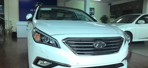 Hyundai Sonata 2015 màu đen, nâu, trắng, bạc, xanh giao ngay giá tốt..., Ảnh số 1