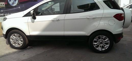 Ford ecosport titanium phiên bản cao cấp, đủ màu giao ngay trong tháng chỉ với 200 triệu đồng, Ảnh số 1