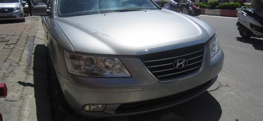Bán xe Hyundai Sonata 2009 tư nhân chính chủ, màu đen, Ảnh số 1