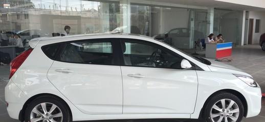 Hyundai Accent 5 cửa có sẵn tại 701 Kinh Dương VƯơng, Ảnh số 1