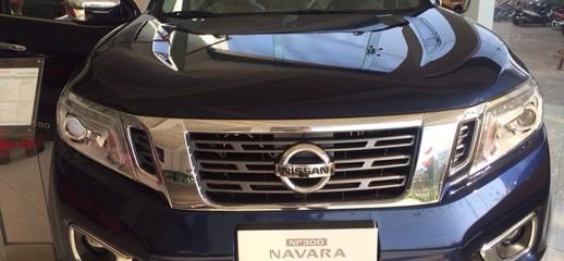 Nissan Navara VL 7AT 2015 màu xanh mới 100%, Ảnh số 1