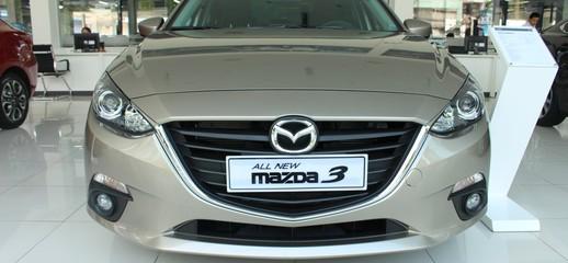 Mazda 3 1.5 Sedan giá tốt nhất trong tháng, nhiều phần quà hấp dẫn cực kì sang trọng, Ảnh số 1