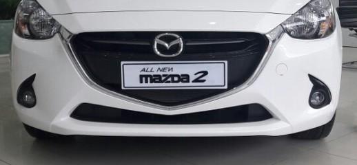 Mazda 2 2017 hatback, giá xe mazda 2 2017 cực rẻ, nơi bán mazda 2 trắng, đỏ, xám,chỉ cần 300 triệu là có xe, Ảnh số 1