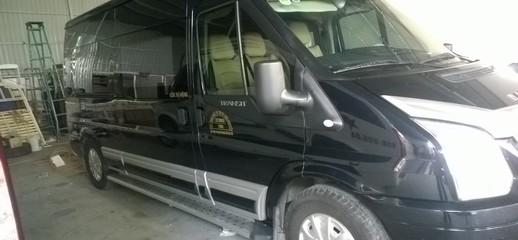 Ford transit limousine, Ảnh số 1