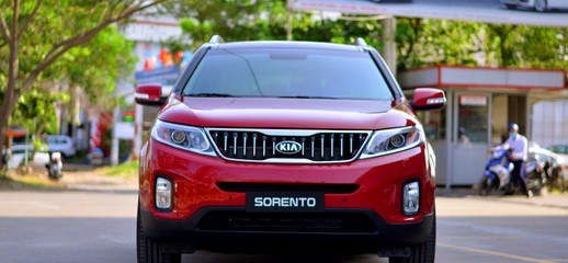 Xe hơi Sorento 2017 chính hãng mới nhất, hỗ trợ vay lãi suất tốt, Ảnh số 1