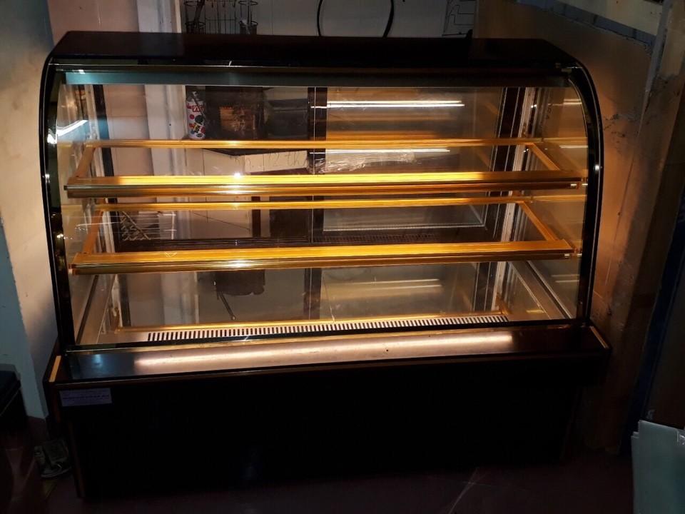 tủ bánh kem 3 tầng kính cong chiều ngang 1,5m bảo hành 12 tháng Ảnh số 41653506