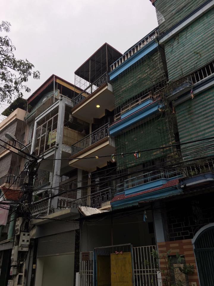 Bán nhà 52m2 x 4 tầng khu chia lô tại đường 800A Nghĩa Đô, Cầu Giấy, oto đỗ cửa, sđcc. Ảnh số 42270728