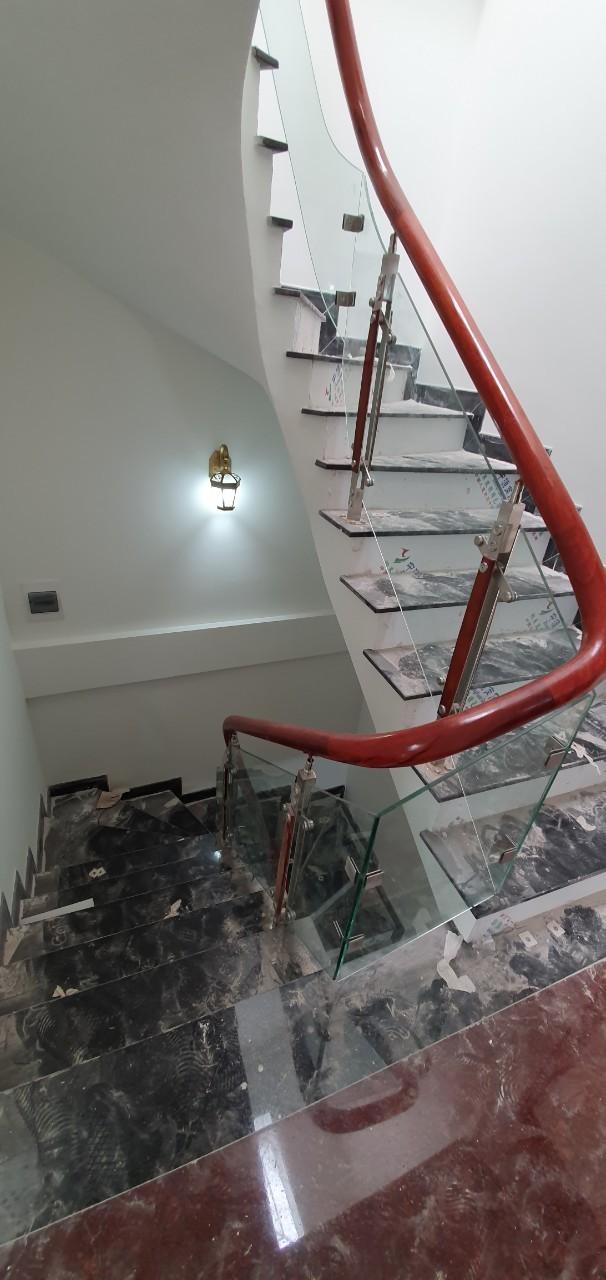 Bán nhà chia lô 50m2 x 5 tầng khu ĐTM Mỗ Lao. Nhà mới, đẹp, hiện đại, vào ở ngay. SĐCC. Ảnh số 42378069