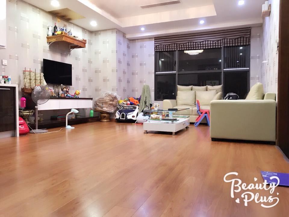 Chính chủ bán căn hộ 85m2 CC cao cấp Starcity Lê Văn Lương, full đồ, xách vali về ở ngay.