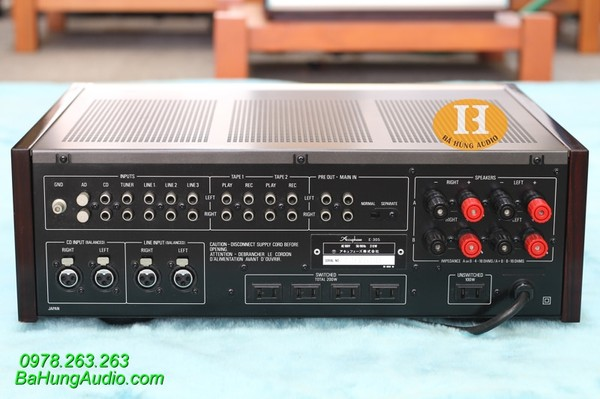 Amply Accuphase E305 đẹp Ảnh số 40800987