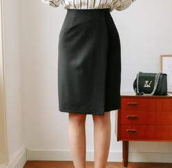 Ảnh số 86: Chân váy Mari Hàn Quốc 080220 - Giá: 1.360.000