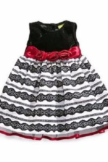 Áo đầm Penelope Mack Classic Rosette Holiday Dress