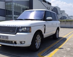 Land Rover Autobiography 5.0 Black edition LWB trắng/kem.