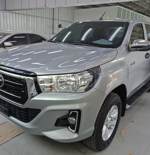 Toyota Hilux 2.4E AT 1 cầu 2019, giao xe ngay