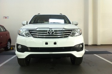 Bán xe Fortuner TRD