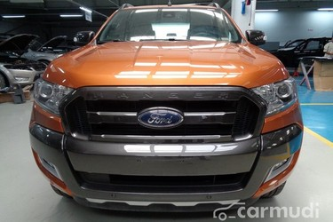 Ford Ranger 3.2L giao ngay