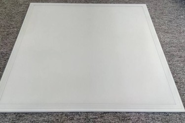 Đèn led Panel 600 600/48w TLC
