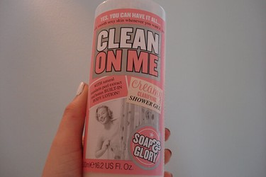 Sữa tắm Soap and Glory Clean On Me Creamy Clarifying Shower Gel 500ml