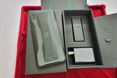 Xiaomi Black Shark 2 bản Ram8g/Rom 128G full box .