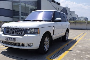 Land Rover Autobiography 5.0 Black edition LWB trắng/kem