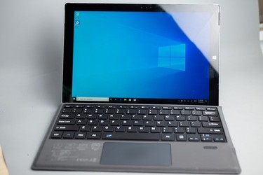 Surface Pro 3 Ssd 128GB core i5 RAam 4GB 96% 17162