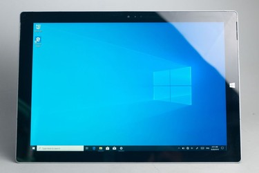 Surface Pro 3 SSD 128Gb core i5 Ram 4gb 97% 16734