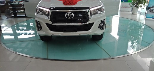 Toyota Hilux 2.8G AT 4X4 2019, giao xe ngay Full option, Ảnh số 1