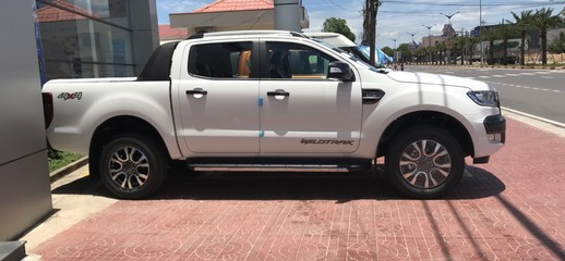 Xe giao ngay Ford Ranger Wildtrack 3.2 NEW 2018, Ảnh số 1